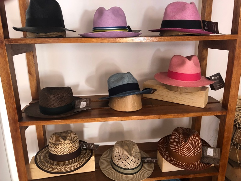 00015 hoeden